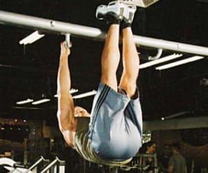 Разбор упражнения подъем ног в висе