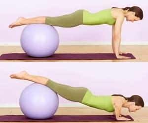 5 упражнений для увеличения груди