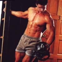 Самые эффективные упражнения в тренажерном зале